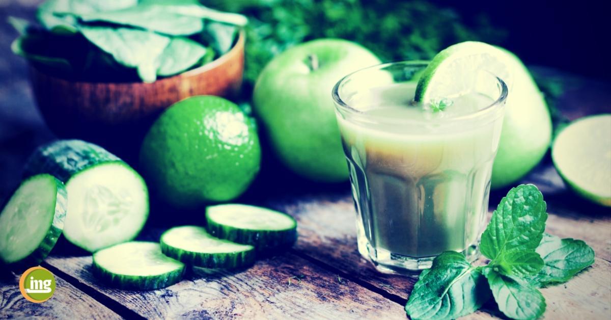 nahrungsmittel für die zähne, spinat, drinks