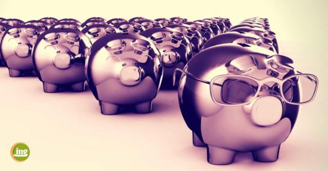 sparschweine - geld sparen beim zahnersatz mit dem bonusheft