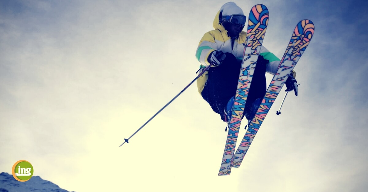 Zahnschutz im Wintersport: Information Mundgeusndheit gibt Tipps, wie Zähne, Zahnfleisch und Kieferknochen auf der Skipiste geschützt werden können.