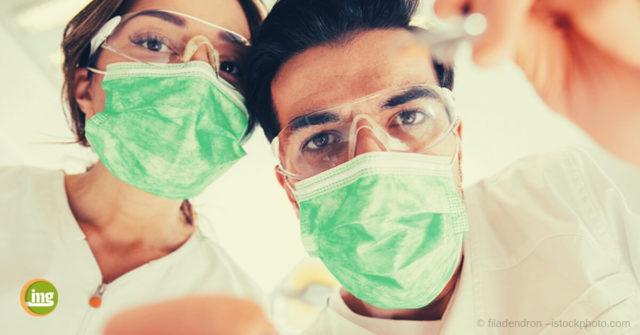 Zahnarzt erkennt bei Kontrolle am Weltkrebstag 2019 Krankheiten.