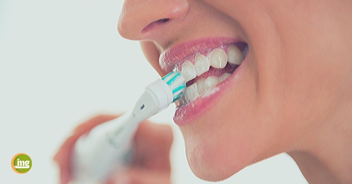 Information Mundgesundheit teste elektrische Zahnbürsten: Schall oder Rotation?