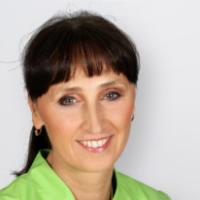 Profilbild von Dr. Dr. M.Sc. Irina Brzenska