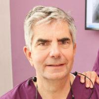 Profilbild von Dr. (F) Horst Kares
